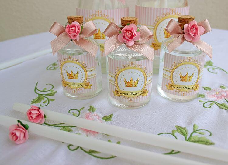 Pembe Gold konsepti hediyelik kolonya şişeleri