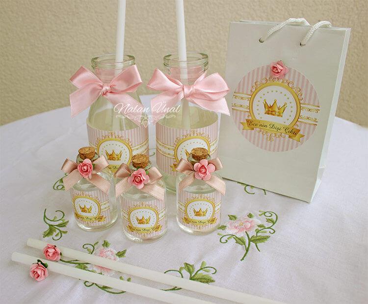 İisimli limonata / ayran şişeleri. Pembe doğum günü konsepti parti hazırlıkları