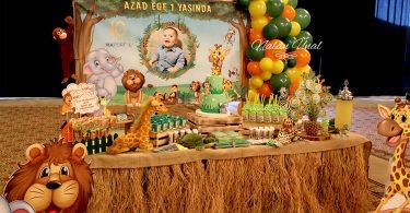Orman hayvanları konsepti doğum günü masası